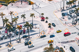 Connected_Four_Way_Lanes_With Cars_Top_view